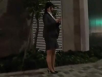 【ストーカーレイプ】※閲覧注意※帰宅途中のOLが強姦魔に狙われた!家まで追跡されて玄関開けた瞬間に侵入されて犯される!