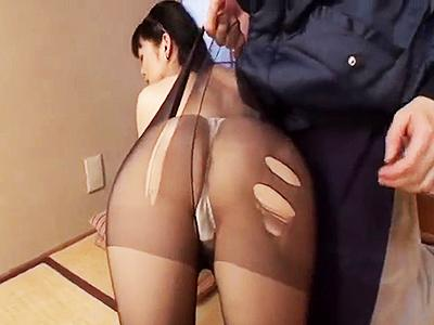 【五十路】嫁のお義母さんの身体に魅せられた男が嫁の居ぬ間に義母の身体を弄って一線を越えてしまう!