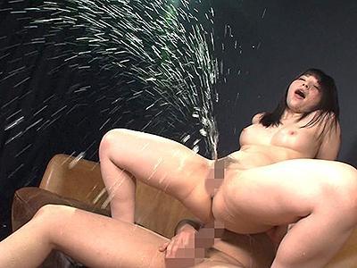 【キメセク】ヤバイやつ!悪徳面接に引っかかった美少女jk…クスリ盛られて激ピスSEXで白目むいてイキ潮の雨を降らす!