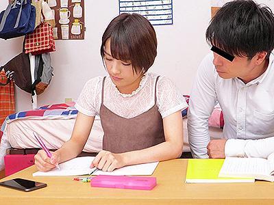 【NTR彼女】大好きな彼女がカテキョと真面目に勉強しているのかと思いきや…予想もしていなかった生ハメ浮気パコ!