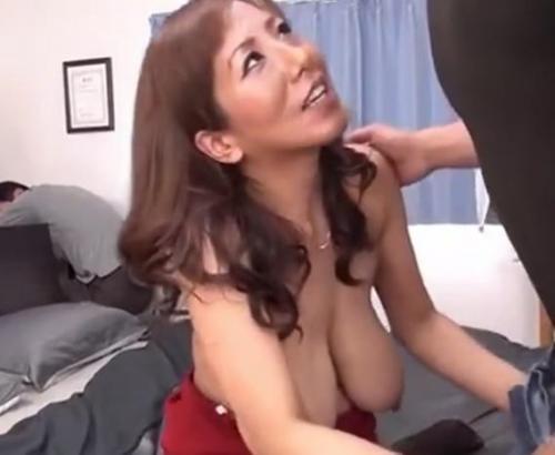 【藤下梨花】巨乳熟女が息子と近親相姦セックス!