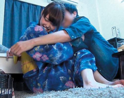 素人ナンパ「ちょっと、やめて♡」浴衣美女を盗撮部屋に連れ込んでハメ撮りw