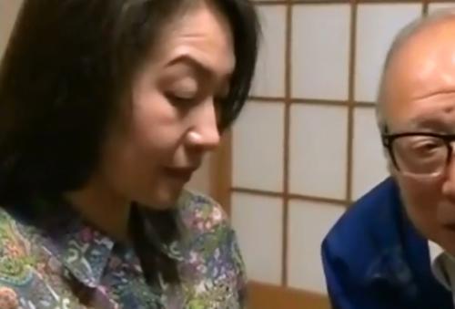 [ヘンリー塚本│大沢萌 宮崎由麻]未亡人の母×祖父,母と祖父が結婚する 01271