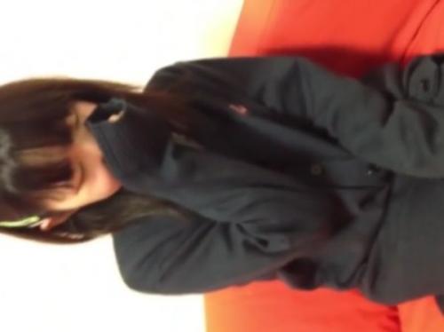 ‹個人撮影›中学生疑惑のアドケナイ童顔の円光女子をハメ撮りした危なすぎるSEX映像!