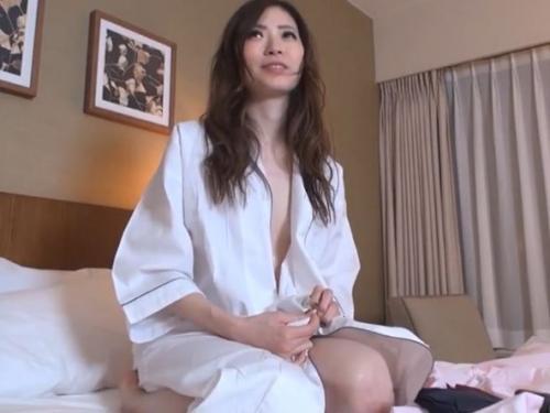 ‹無修正›清楚で美形な美人お姉さんを中出しセックスに持ち込んだ貴重なハメ撮り映像記録'www