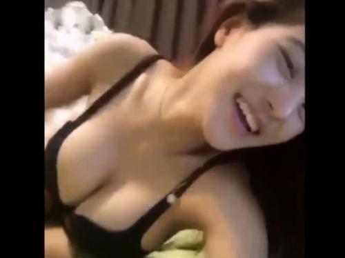 ‹無修正›マジで超SSS級美女の彼女との完全プレイべーとな'ハメ撮りセックス映像'が流出拡散!