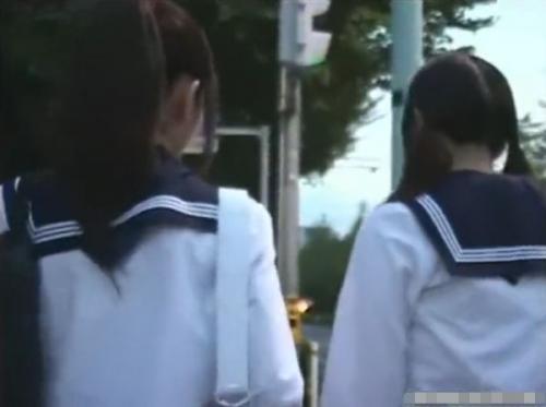 【観覧注意】下校中の制服美少女たちの壮絶なトラウマ体験!バス内で痴漢された後に尾行されて驚愕のレイプ被害!