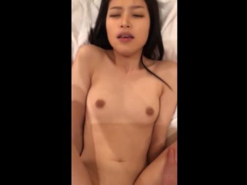 ‹無修正›素人カップル映像!マジ超SSSSS級スレンダー美女の割れ目と極上SEXを楽しんでるwww