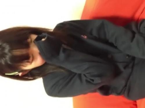 «個人撮影»あか抜けないウブそうな女の子のキツキツなロリマンを円光で汚した愛好家の秘蔵映像!