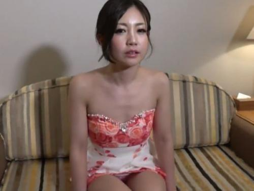 【個人撮影】超SSSSS級美女である美人若妻を二人掛かりでアナルまで貫通して中出しすると壊れた!