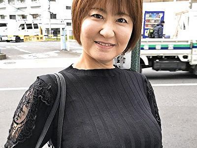【黒蜜/CAP作品】応募してきた人妻 守谷たかこ(52)