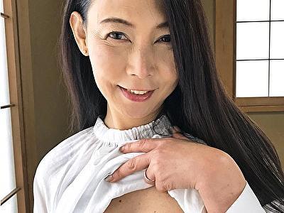 【黒蜜/CAP作品】応募してきた人妻 月野まどか(52歳)