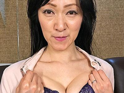 【黒蜜/CAP作品】 熟女(団地妻サークル) さやか(49)