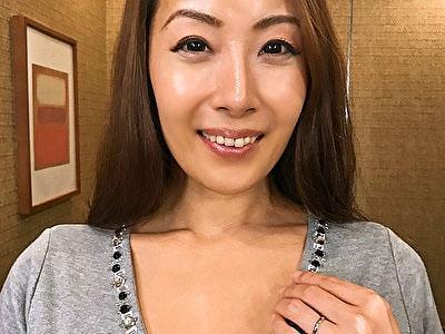 【黒蜜/CAP作品】団地妻サークル きょうこ(45歳)
