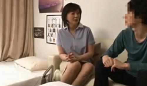 エロナイン - 【熟女ナンパ】おだやかでまさに母親の眼差しの清楚で優しくGカップの美巨乳の四十路の美人妻を連れ込み、そのまま生ハメ中出し!