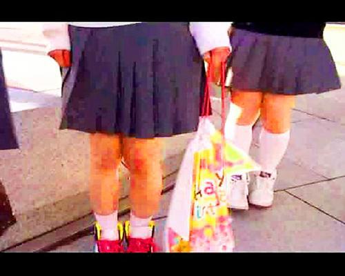 【ナンパ企画】///先生には内緒よぉ♥⇒また初心なロリッ娘JC中学生たちが東京修学旅行の思い出に20㌢のデカチン処女喪失ww