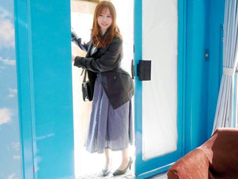 <マジックミラー>白金セレブな人妻ナンパ♡♡「美爆乳でっけぇぇ!」MM車内で乳首弄りからハメられる専業主婦<素人NTR>