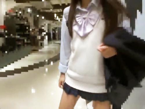 <個人流出>トップアイドル以上な素人娘と円光♡美パイパンな幼いワレメの中学生をハメ撮りして種付け膣内射精<美少女ロリJC>
