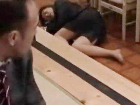 【ヘンリー塚本】飲みすぎちゃったからトイレに行くねぇ…会社の飲み会で泥酔した巨乳の女性社員をホテルに連れ込んで輪姦