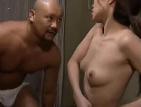【ヘンリー塚本】どうしてシャワー浴びてきたの?...向かいに住む巨乳人妻の姉が義弟と近親相姦で寝取られSEX