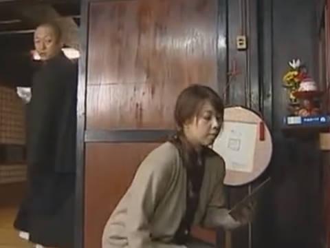 【ヘンリー塚本】和尚は以前よりいつか物にしたいと邪心を抱いている…爆乳人妻が抱きたくて薬で眠らせて寝取られ強姦