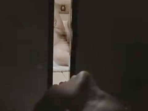 【ヘンリー塚本】私が見ている前で私の主人と接吻してみてください…自分の夫と別の巨乳女のSEXを見ながら別の男に寝取られ