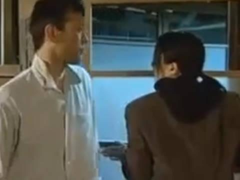 【ヘンリー塚本】あんたぁ物欲しそうな目をしちょるその気にさせられたんじゃ…巨乳人妻が弟に迫られヤリ部屋で寝取られ近親相姦