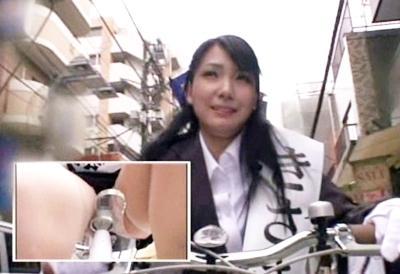 アクメ自転車で商店街を突っ切るヤバい企画♥気持ちよすぎて焦げなくなるほどビクビク痙攣しちゃいますwww