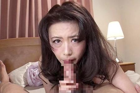 【三浦理恵子】「今日はこれで許して♥」娘婿が勃起チ◯ポで襲いかかってきたので、フェラで我慢してもらおうと舐めるも口内射精