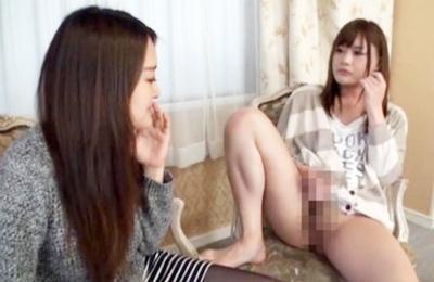 ★ニューハーフ★『触ってほしいの…❤』ナンパされたお姉さんが戸惑いながら手コキし始めるニューハーフのチ◯ポ
