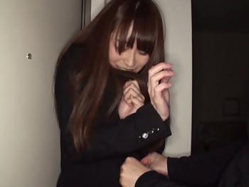 【OLレイプ】ストーカーに付け狙われる美人OL!帰宅の瞬間に自室へ押し入られ、無残にも自分の部屋で中出しレイプされてしまう!