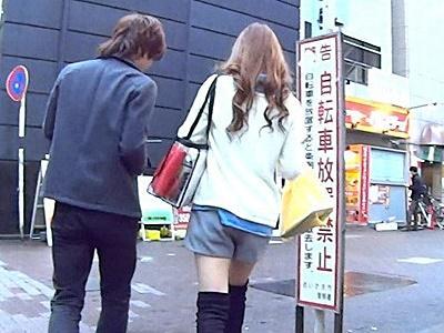 【ナンパ】川崎で某企業の受付嬢をナンパ!2年ご無沙汰の可愛い女の子に巨根を見せその場でパコる!