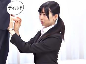 【モニタリング】後輩社員の短小童貞ティンポの矯正すべく立ち上がった美人OL!手コキマッサージで短小は治るのか?