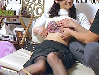 『ワタシ、性欲が強いの…♡』ナンパした犯される気満々の美熟女を部屋に連れ込み、性欲剥き出しの中出し寝取りセックスを盗撮!