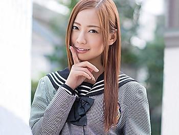 上京して都内の女子高に通う事になったエロカワ従兄妹が家の中でパンチラの嵐!チラ見でムラムラしてきて…!!