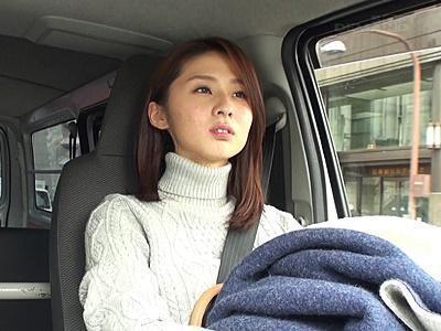 《前田可奈子》『中にちょうだい♪』美熟女が素人童貞さんのお宅訪問!膣奥で熱いザーメンを受け止める!