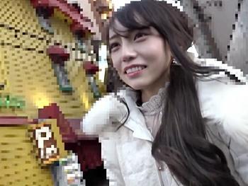 身持ちが固そうな大阪美少女をテレビの取材と偽りラブホへ強引に連れ込み、巧みな話術でエッチな方向にもっていき…ハメる!