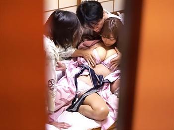 《明日花キララ》ヤリマン巨乳美女を朝からハメる!!寝起きながらさすがヤリマン!しっかりチンポ咥え股開き、挿入カモ~ン!
