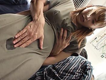 満員電車で痴漢の標的になった巨乳美女!下着を剥ぎ取られ、執拗にマンコを刺激され大失禁!抵抗空しく車内でレイプされる!