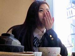 「ウソっ;中に出したん!?」関西弁のクソ可愛いJKをラブホで脱がせたら隠れボインでムラムラしたのでゴム無しで犯して無許可中出し