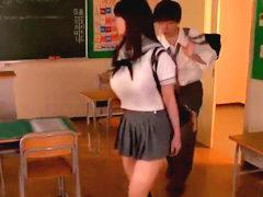 【す…すげーっ!!!】放課後の教室でクラスで一番可愛いボインな女子にコクられパイズリ&即ハメ気持ち良すぎてどっぴゅどぴゅっ