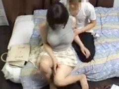 合コン中も超乳が気になって仕方がなかった素人JDをアパートに連れ込み辱めながらパイズリさせて犯しまくったザマを隠し撮り