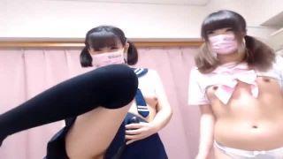 【個人撮影】ロリっ子JK二人組がカメラの前でエロにゃんにゃんを始めます!