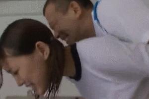 エロいコーチに無理やりレイプされる体操着の女子校生