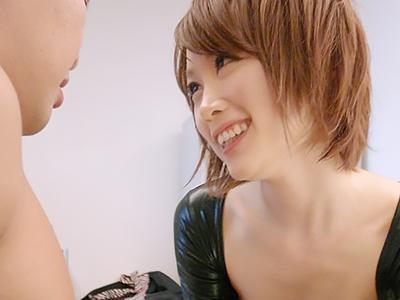 【女子校生捜査官】瞳まっすぐショートカット美少女の特殊任務に励む女子校生捜査官が、父親に裏切られて3PSEX!!