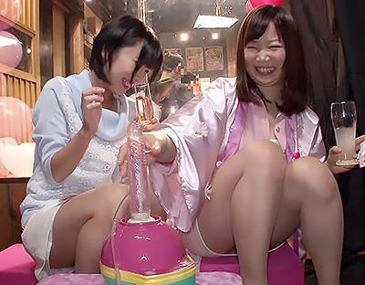 【素人ナンパ企画】激安居酒屋で可愛い女を勧誘して、軽いエロトークからマシンバイブでマジイキ絶頂させる!!