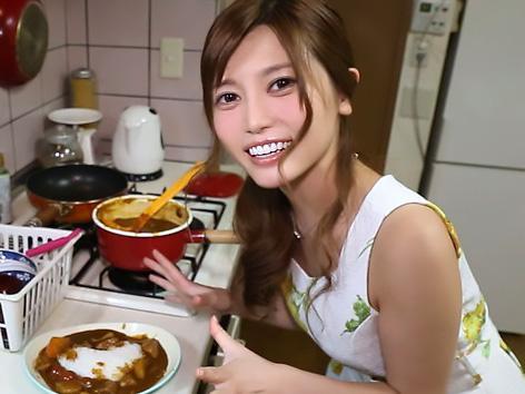 『水着ありがとう~♥♥』榊梨々亜が台本なしの完全アドリブで、過ごすいちゃラブ恋人を味わえる!!