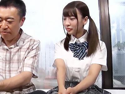【モニタリング】女子校生激カワな娘と新しいお父さんが、親子でエッチで絆を深める!!