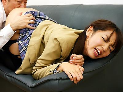 『私、昨日襲われたんだけど!!』仲良しの友達に裏切られて、優等生が学園ぐるみの犯行でレイプされる!
