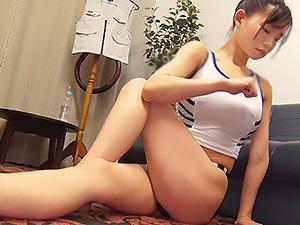 『おっぱい、でけえぇぇww』体脂肪率ゼロの見事なマッスルボディなのに、巨乳な美女がオヤジとSEX!!